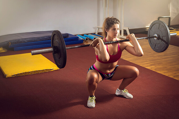 powerlifting woman