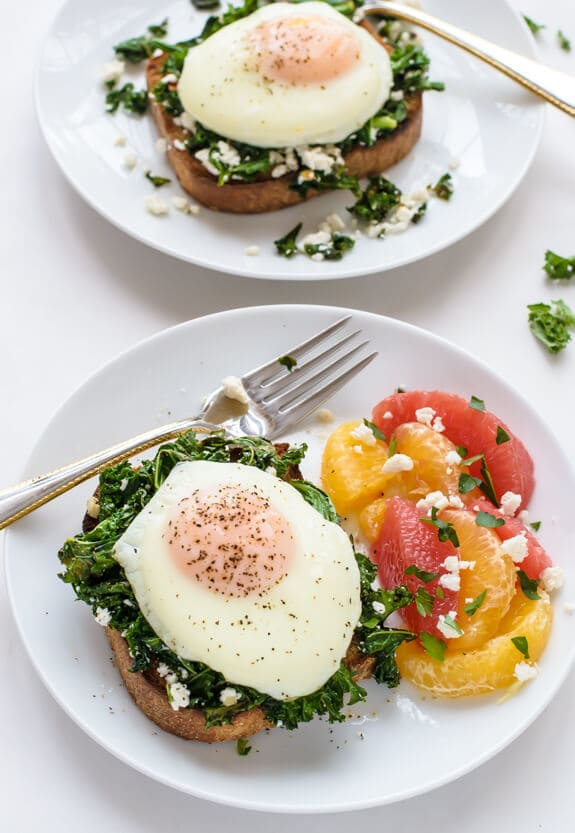 For-a-fast-and-healthy-dinner-make-this-Kale-Feta-Eggs-Florentine-Sauteed-greens-with-creamy-feta-on-toast-topped-with-a-runny-egg.-DELICIOUS.jpg