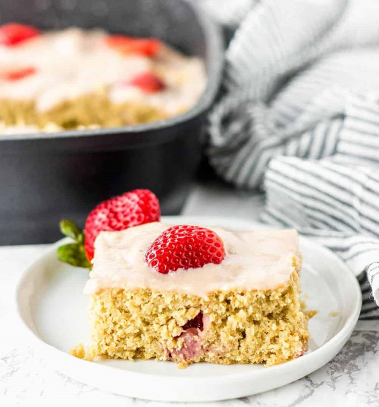 Strawberry Breakfast Cake, high protein breakfast